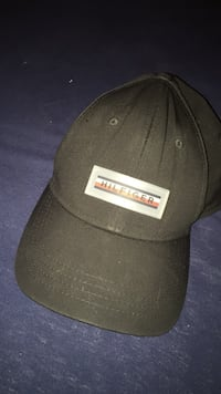 Tommy Hilfiger ball cap size: one size