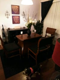 Dining room table and chairs  Oxnard, 93033