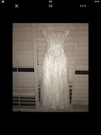 white lace scoop neck sleeveless dress Caruthers, 93609