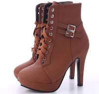 **new** brown heeled boots