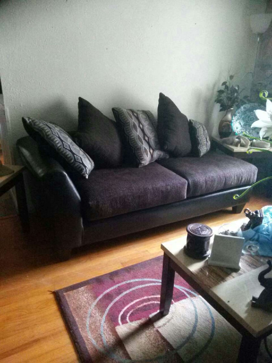 Used Black And Purple Lounge Chair For Sale In Dallas   Letgo