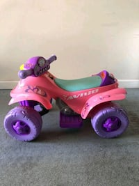 toddler's pink and purple ride on toy Burnaby, V5H 2P2