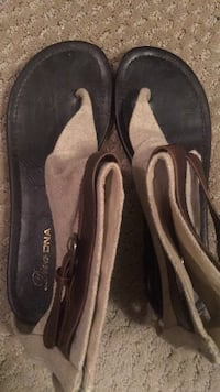 Pair of black suede loafers 1172 mi