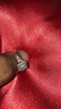 Silver and diamond studded ring Austin, 78613