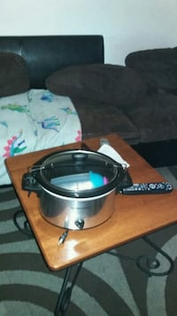 stainless steel and black slow cooker Falls Church, 22041