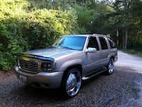 Cadillac - Escalade - 2000 Coventry, 02816