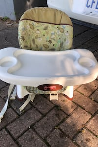 Baby booster seat for kids great shape London, N5V 1X8