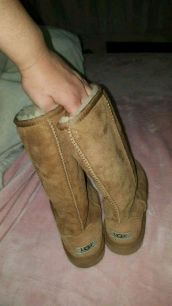 9df22bee0be Uggs Boots