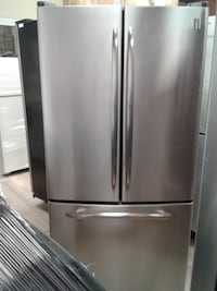 """33"""" GE profile stainless s french door fridge تورونتو"""