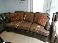 3 pcs set serta with recliner chair. Free delivery Guelph, N1K 1A8
