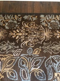5'x8' hand tufted wool rug retailed for $400. Barely used. Carmel, 46033