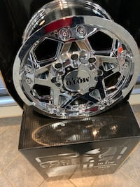 Brand new Gmc or Chevy 2010 and up 8 bolt rims