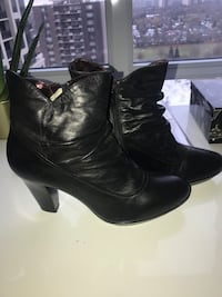 Woman's Brand Name ankle boots. Size 10 Toronto, M9C 0A9