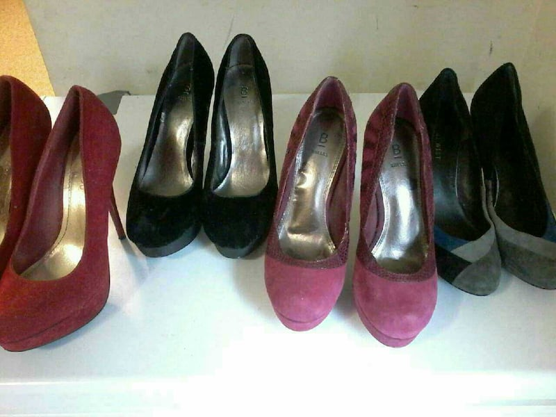 high heels and wedding shoes  275dbc52-7a20-4574-9268-78ad4881740f