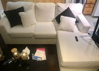 White Leather Couch Mississauga, L5M 3E3