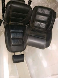 black leather padded rolling armchair Stockton, 95205