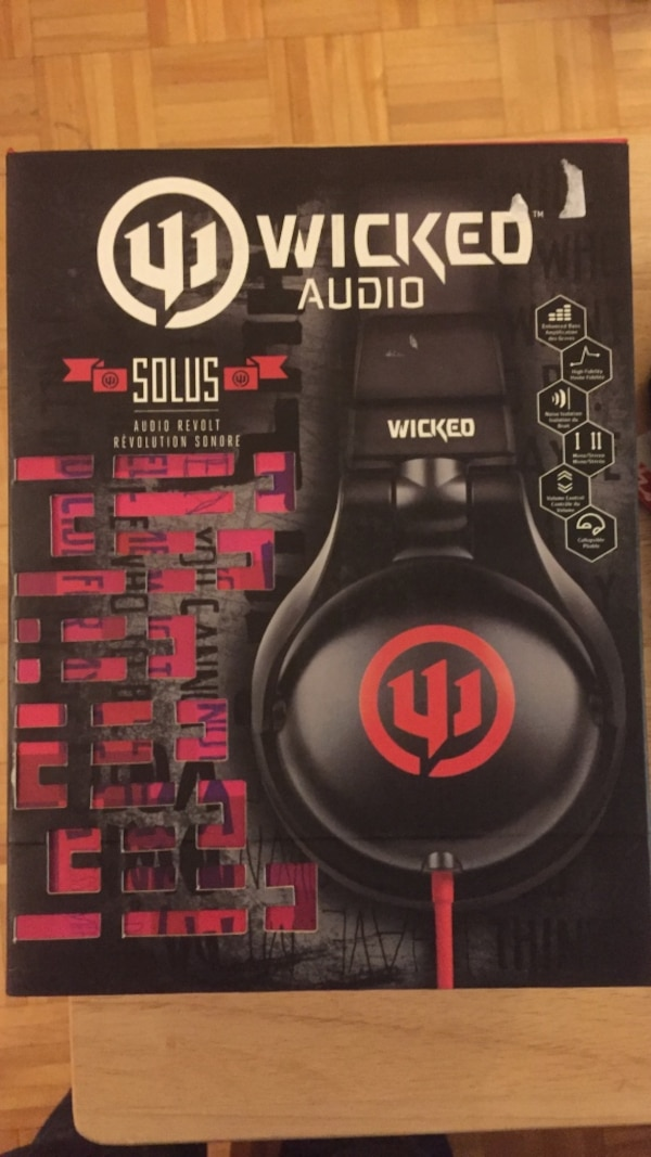 Used Wicked Audio Solus Headphones Box For Sale In Montréal Letgo