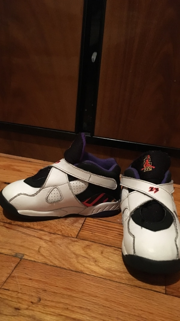 online store f4a9d 14f79 white-and-purple Air Jordan 8 shoes