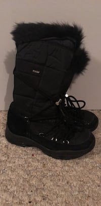 Wind river Tmax insulation boots Halifax, B3T 2G4