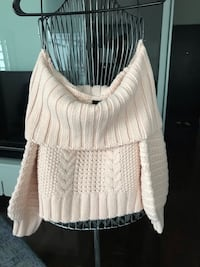 H&M Cable Knit Sweater, Size S Toronto, M4Y 0A2