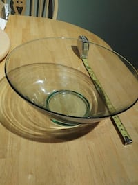 round clear glass top coffee table Ajax, L1S 3W3