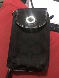 Coach wallet with phone holder Surrey, V3S 2T3
