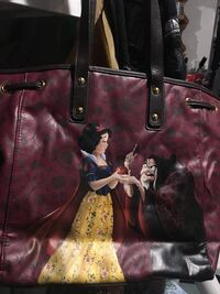 disney vs villains Snow White and Hag tote bag Brampton, L6Z 1W9