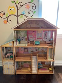 Dollhouse with accessories  Toronto, M4J 4H7