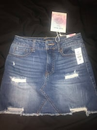 jean skirt size small brand new Mississauga, L4T