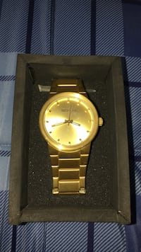 Nixon Watch with box GREAT CONDITION Irvine, 92606