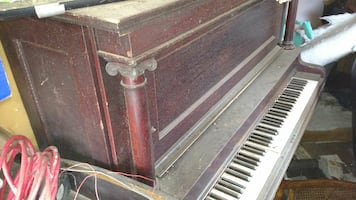 1903 upright piano