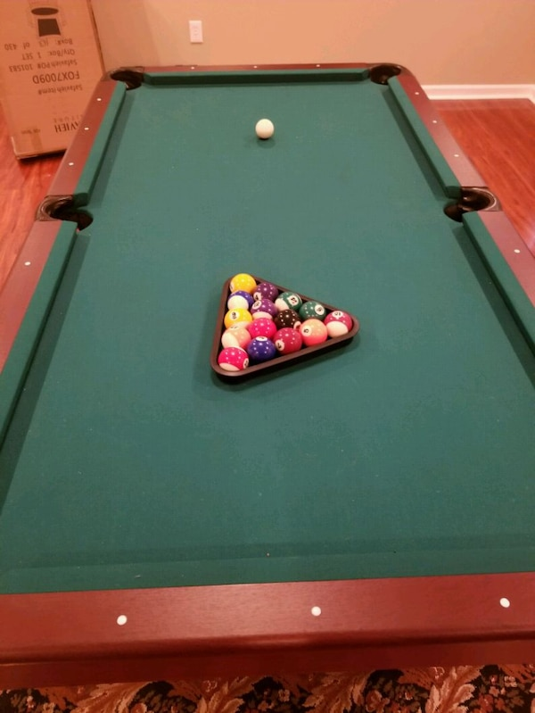 Sportcraft 7 Ft Pool Table Excellent Condition