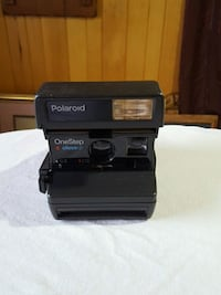 Polaroid one step camera instant pictures