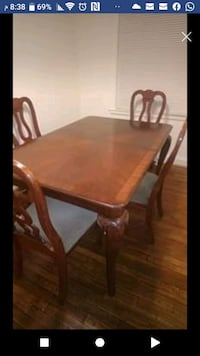 Dining table and four chairs $200 Arlington, 22204