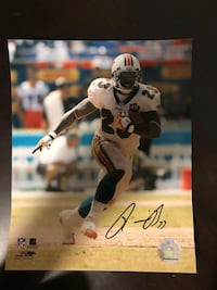 Ronnie Brown Miami Dolphins Signed 8 x 10 Photo - Authentic Sports Signature Plantation, 33324