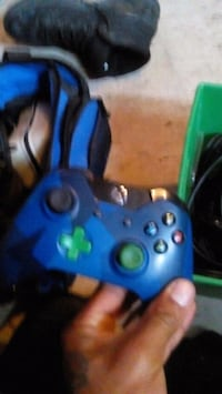 blue and green Xbox One controller Windsor, N9B 2H6