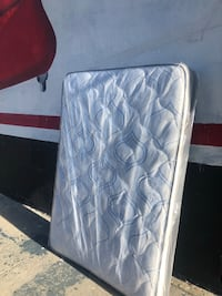 Mattress free delivery  Los Angeles, 90021