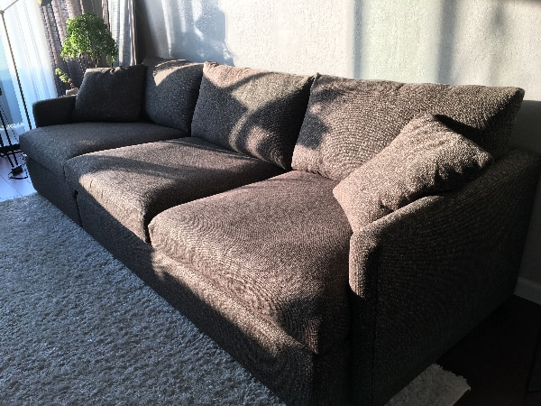 Moving Sale: Immaculate Crate & Barrel Lounge II Sectional (Couch)