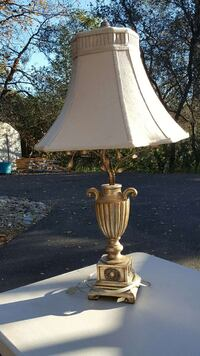 brass base table lamp Placerville, 95667