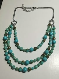 green and blue beaded necklace Converse, 78109