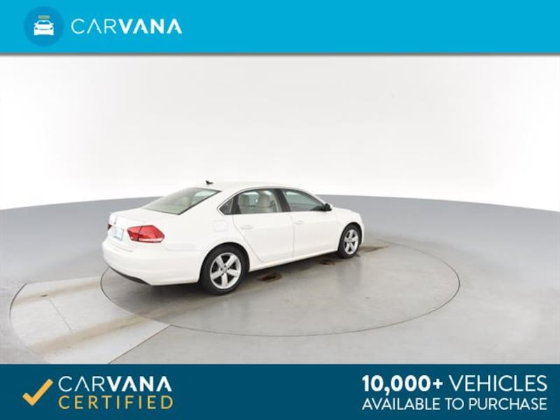 2013 VW Volkswagen Passat sedan 2.5L SE Sedan 4D White <br /> 10