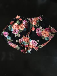 Shorts - Floral Small - Black and white no tassels Medium- black and white tassels Large - Sale $10 each Hacienda Heights, 91745