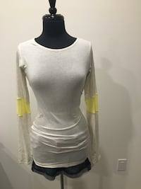 Lululemon devotion LS shirt size 4/6 Oakville, T1Y