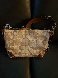Coach purse Brampton, L6R 0H6