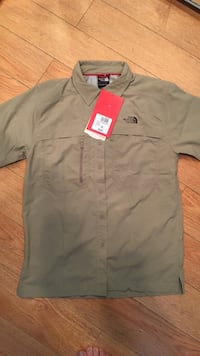 Brand new north face men's shirt size S Vancouver, V6K 2H4