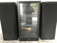 Technics stereo with cabinet and surround sound   Bluff City, 37618