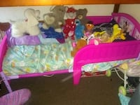 Lil girl bed  Indio, 92201