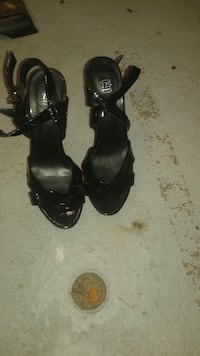 STEVE MADDEN & GUESS shoes sizes FROM 5 1/2 TO 8