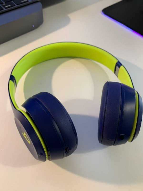 38d4aad1888 Beats Solo3 Wireless On-Ear Headphones - Beats Pop Collection - Pop Indigo