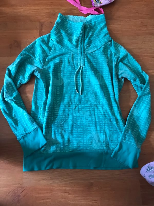 Women Kismet Sweater  0